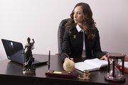 Требуется специалист с опытом юриста
